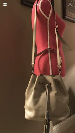 NWOT  Kate Spade New York Grey Street Cooper Drawstring Cros